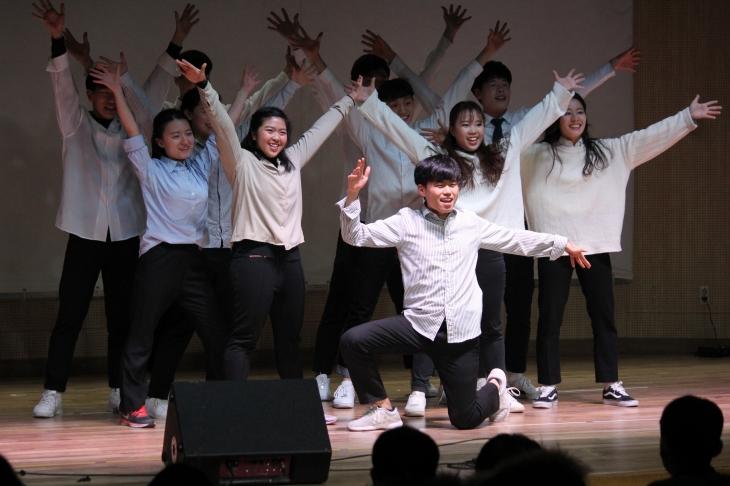 대학생들이 준비한 미국 댄스! 'One more time'